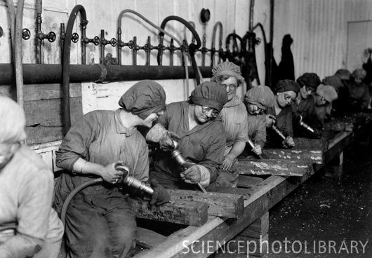 1940's female factory workers