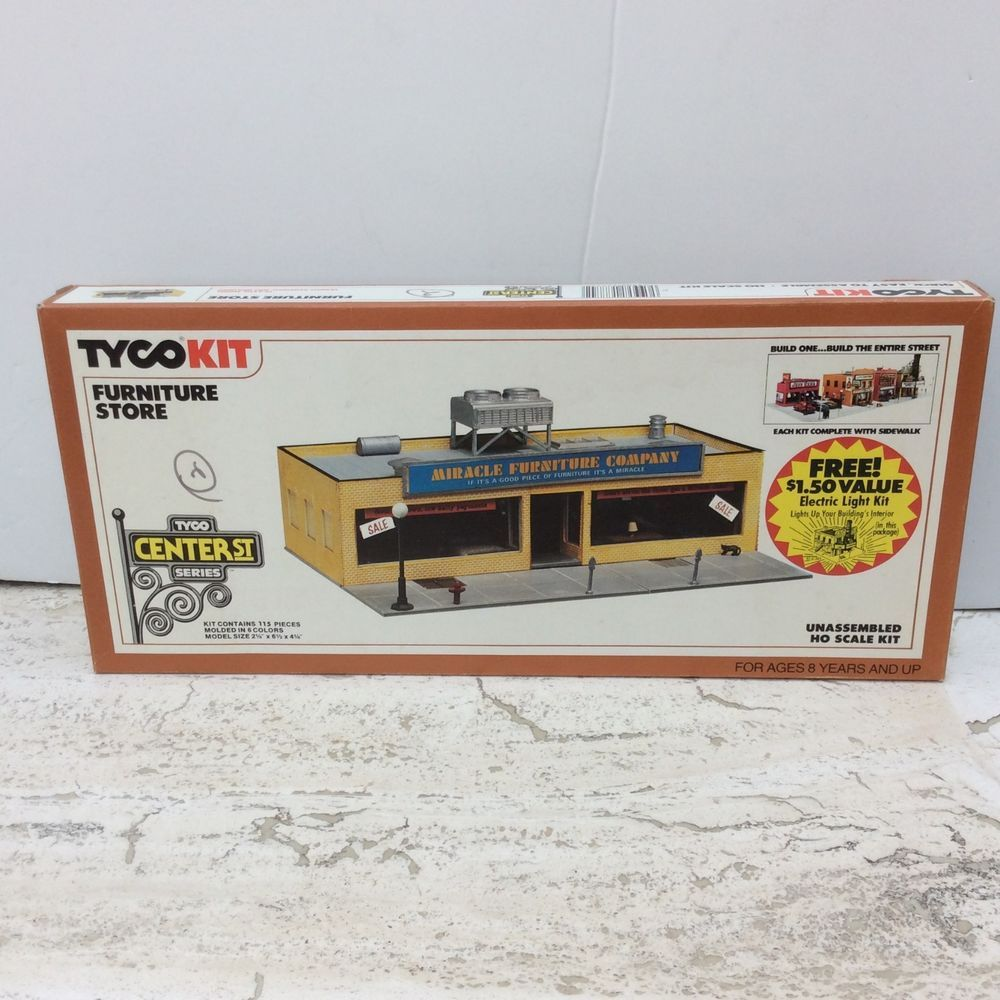 Factory Sealed Tyco FURNITURE STORE 7774B UnBuilt HO Scale