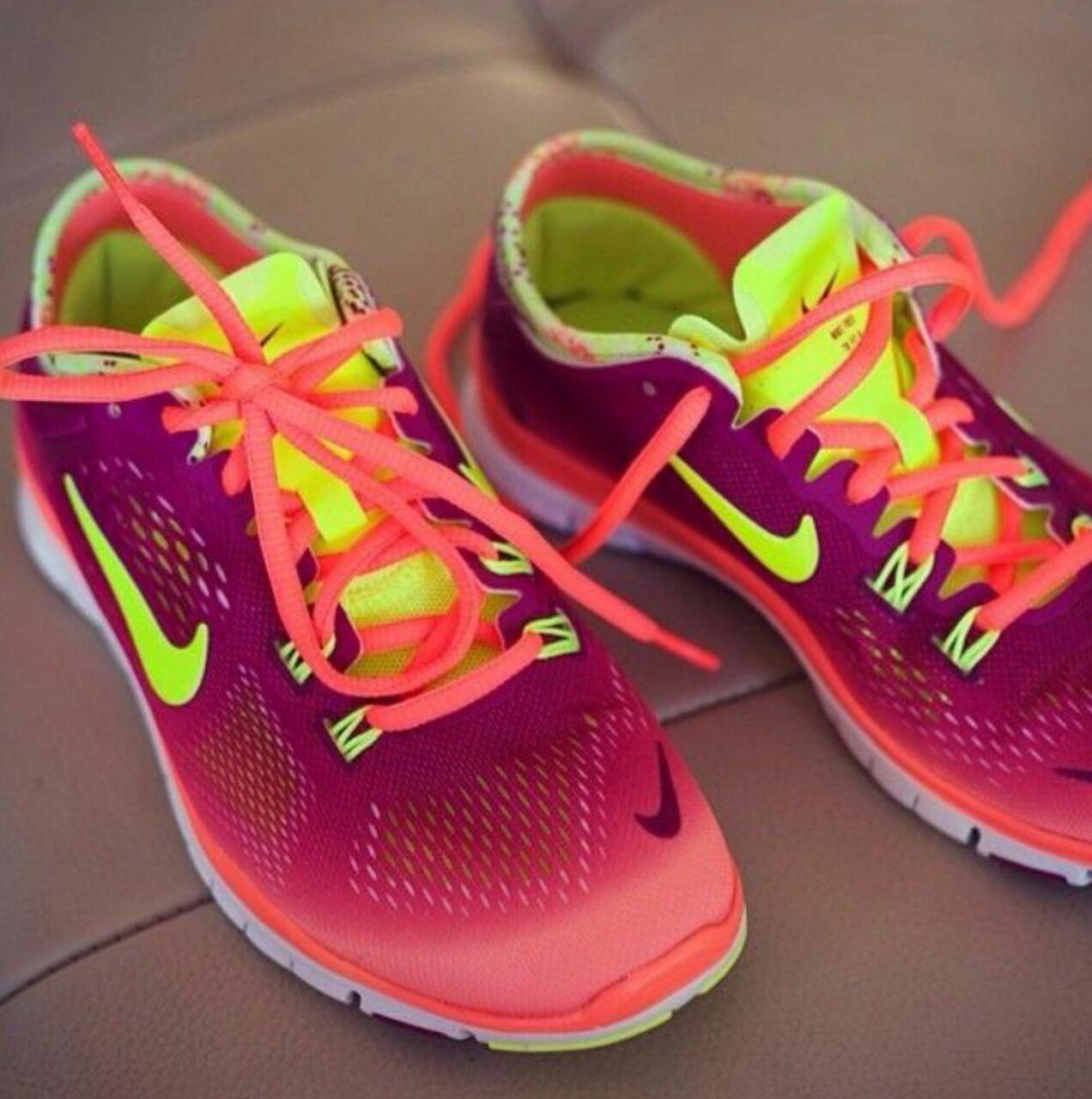Nice Shoes 💙💚💛 💖💗💟💜 | Sneakers men fashion, Nike free