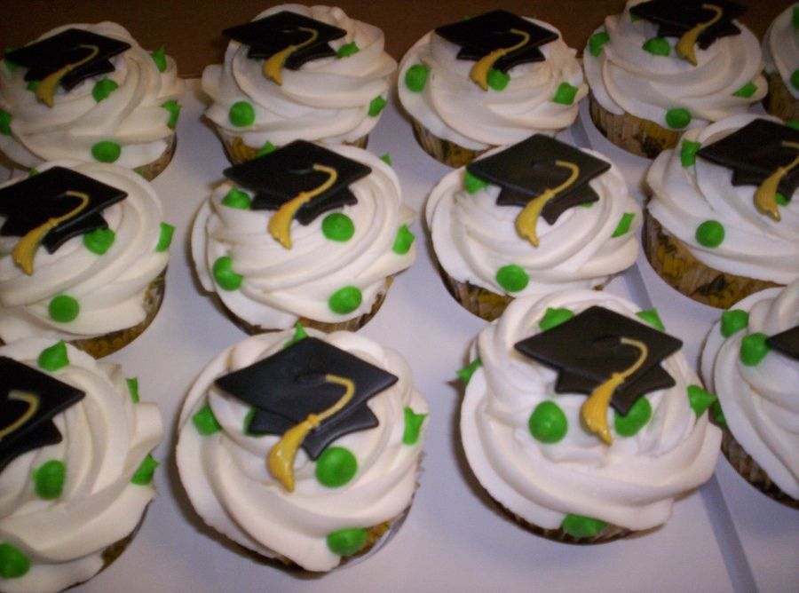 Photo of graduation cupcake cake pictures | Graduation Cupcakes with graduation hat rings…