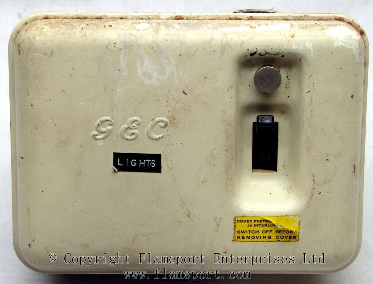 small resolution of gec metal 3 way fusebox