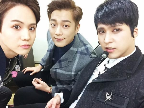 Yoseob, Doojun and Dongwoon - Doojun twitter update •