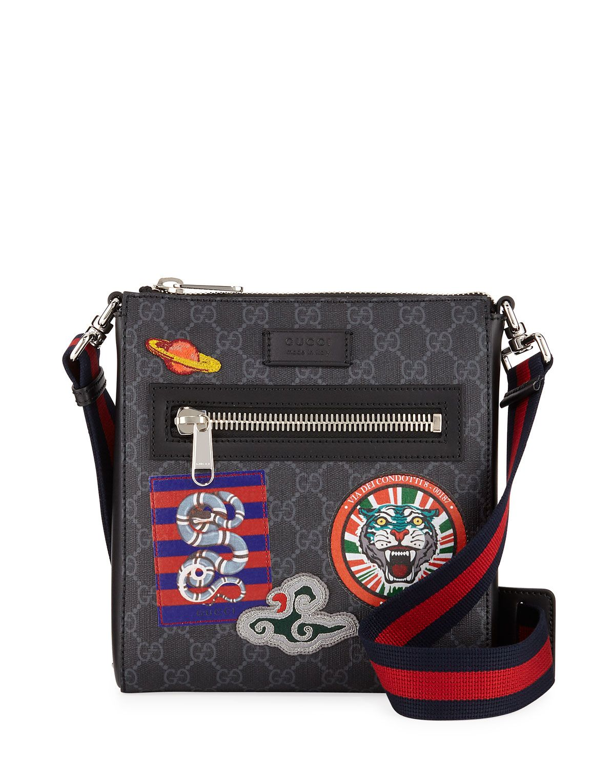 GUCCI MEN S GG SUPREME PATCHES MESSENGER BAG.  gucci  bags  shoulder bags   canvas  crossbody e2c5e91b007fa
