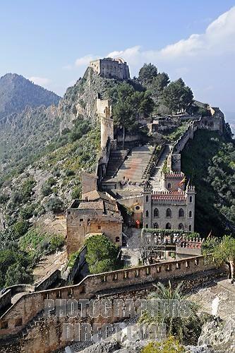 Stock Photography Image Of Castle Xàtiva Játiva Valencia Spai Stock Photo Pd2050127 Jpg Lugares De España Paisajes De España Pueblos De España