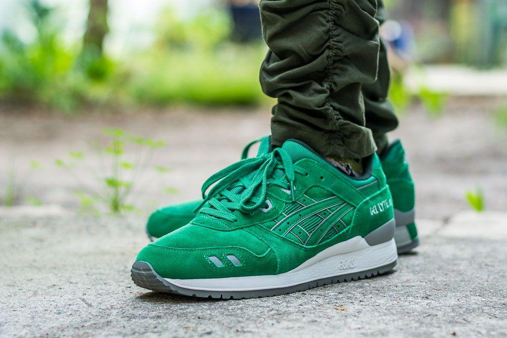 buy online d5685 f961b Asics Gel-Lyte III Green Suede On Feet Sneaker Review | Mens ...