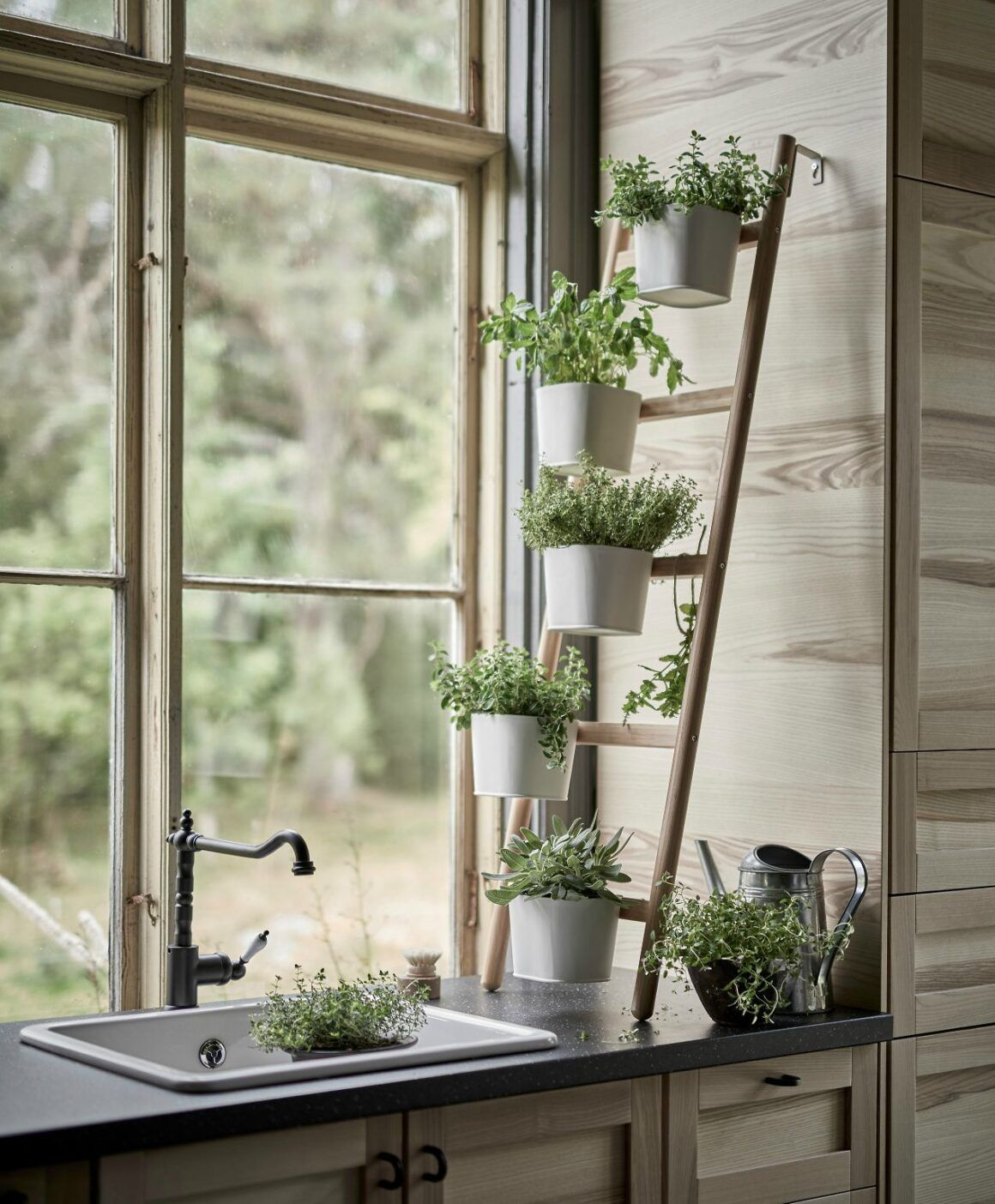 36 diy plant stand ideas for indoor and outdoor decoration herb garden in kitchen home on outdoor kitchen herb garden id=38053