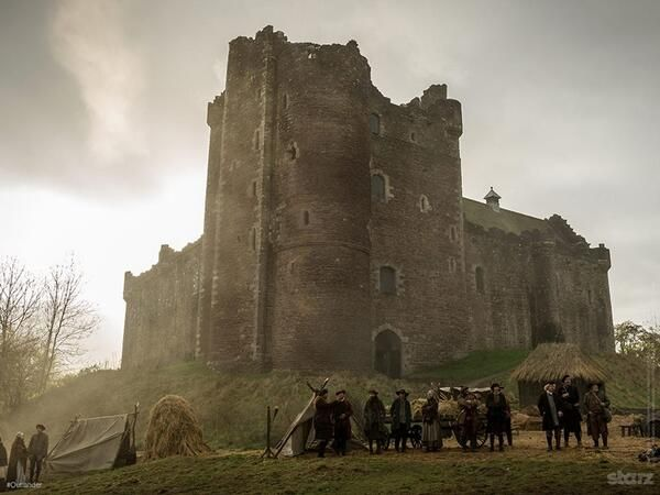 """Graham McTavish on Twitter: """"For those who haven't seen it, here's a lovely pic of Castle Leoch... http://t.co/Mv4njOMghZ"""""""