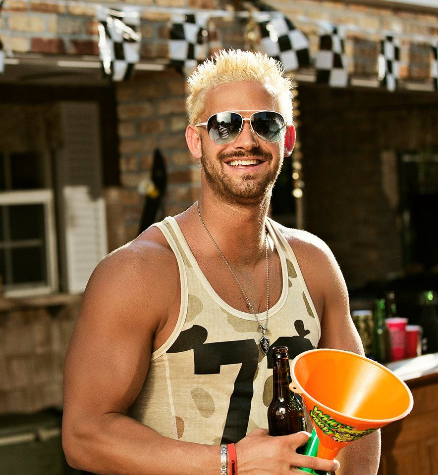 Party Down South Cast News Ryan Daddy Richards Starts Selling Personalized Products From Show Find Out What Fans Party Down South Cast Daddy Gorgeous Men