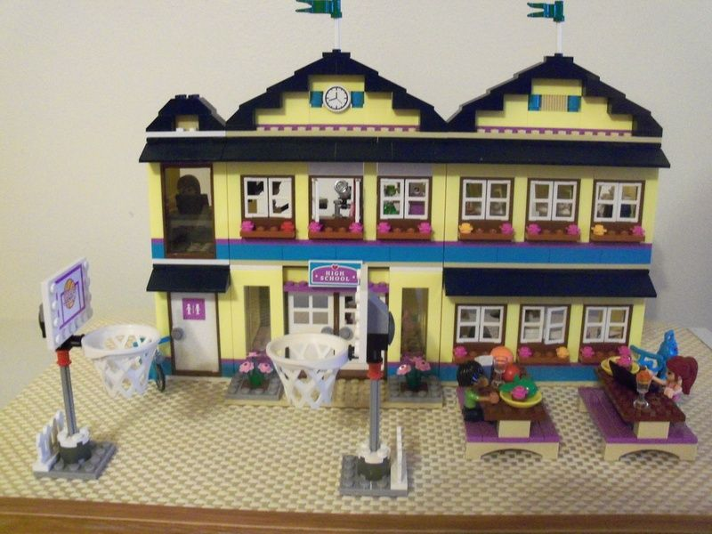 how to build a lego school