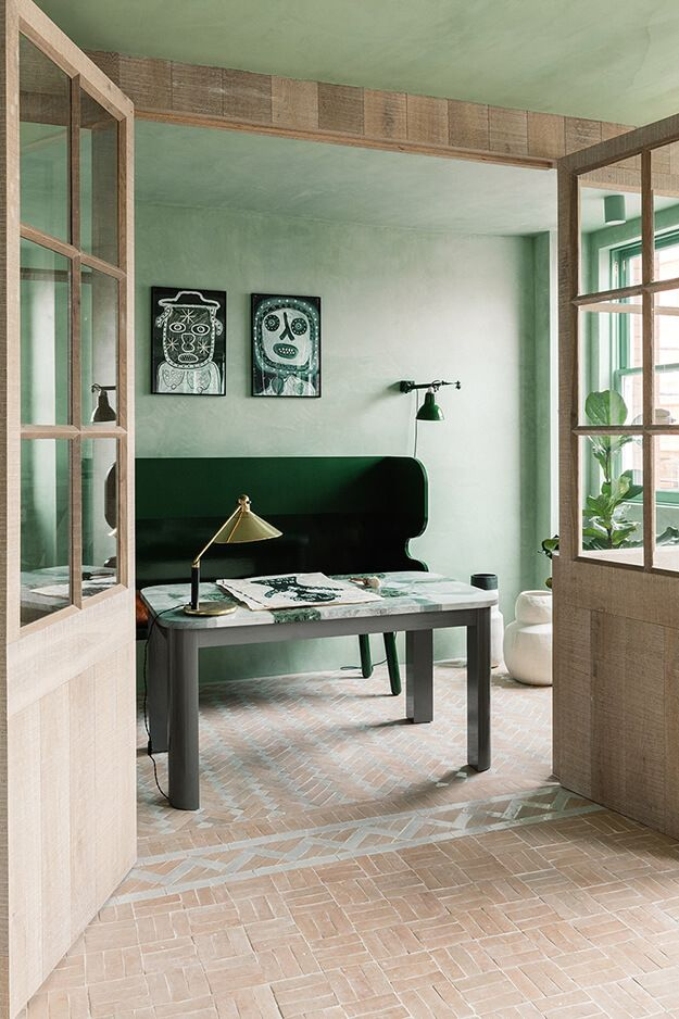 Shoreditch Design Rooms: Lots Of Green In A Converted Loft In Shoreditch