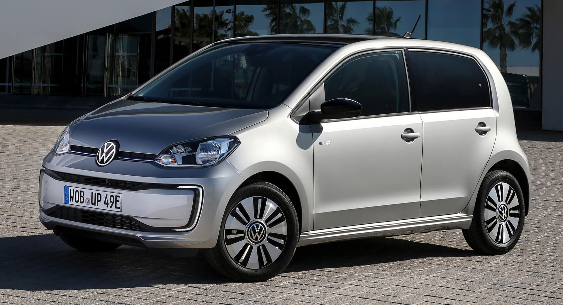 Get The 2020 Vw E Up Electric City Car From 19 695 In The Uk Electricvehicles Newcars Prices Uk Vw Vwup Cars Carsofinstagram In 2020 City Car Volkswagen Car
