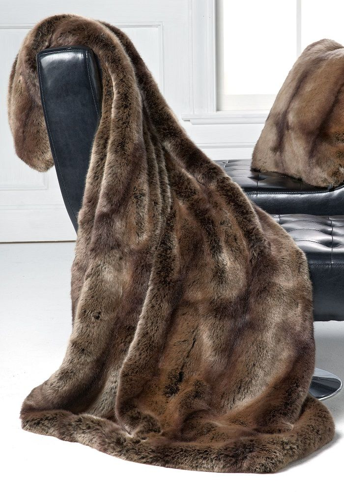 White Leather Sofa Luxury Fashion Designer Couture Brown Puma Faux Fur Throw Life Like Animal Fur Blankets