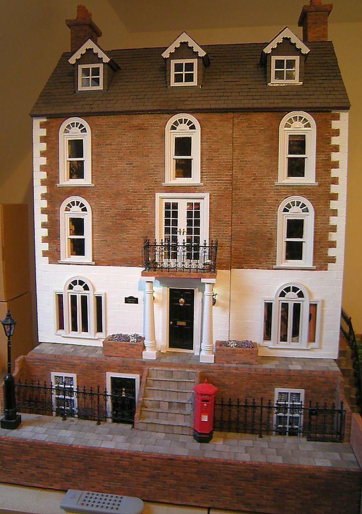 Georgian Doll House