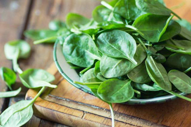 Spinach reduces food cravings