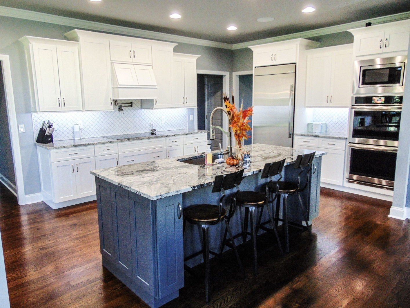 Get a FREE 3D kitchen design - Lily Ann Cabinets | White ...