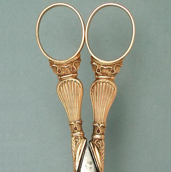 Antique French 18 Kt Gold Sewing Scissors * Circa 1820s