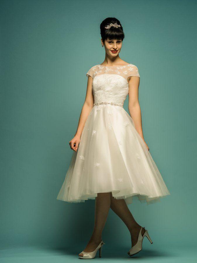BEAUTIES WEARING PRETTY TEA LENGTH WEDDING DRESSES | Retro wedding ...