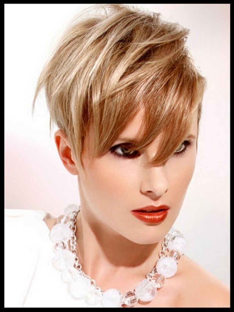 Short Haircuts For Older Women With Round Faces Images Avast - Hairstyles for round face yahoo