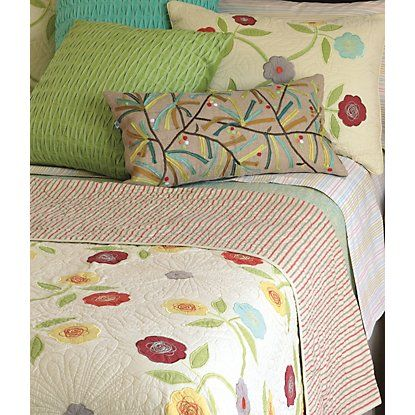 Seneca Quilt in Cream (floral Pattern, Quilt) | Fine Quilts and ... : company c quilts - Adamdwight.com