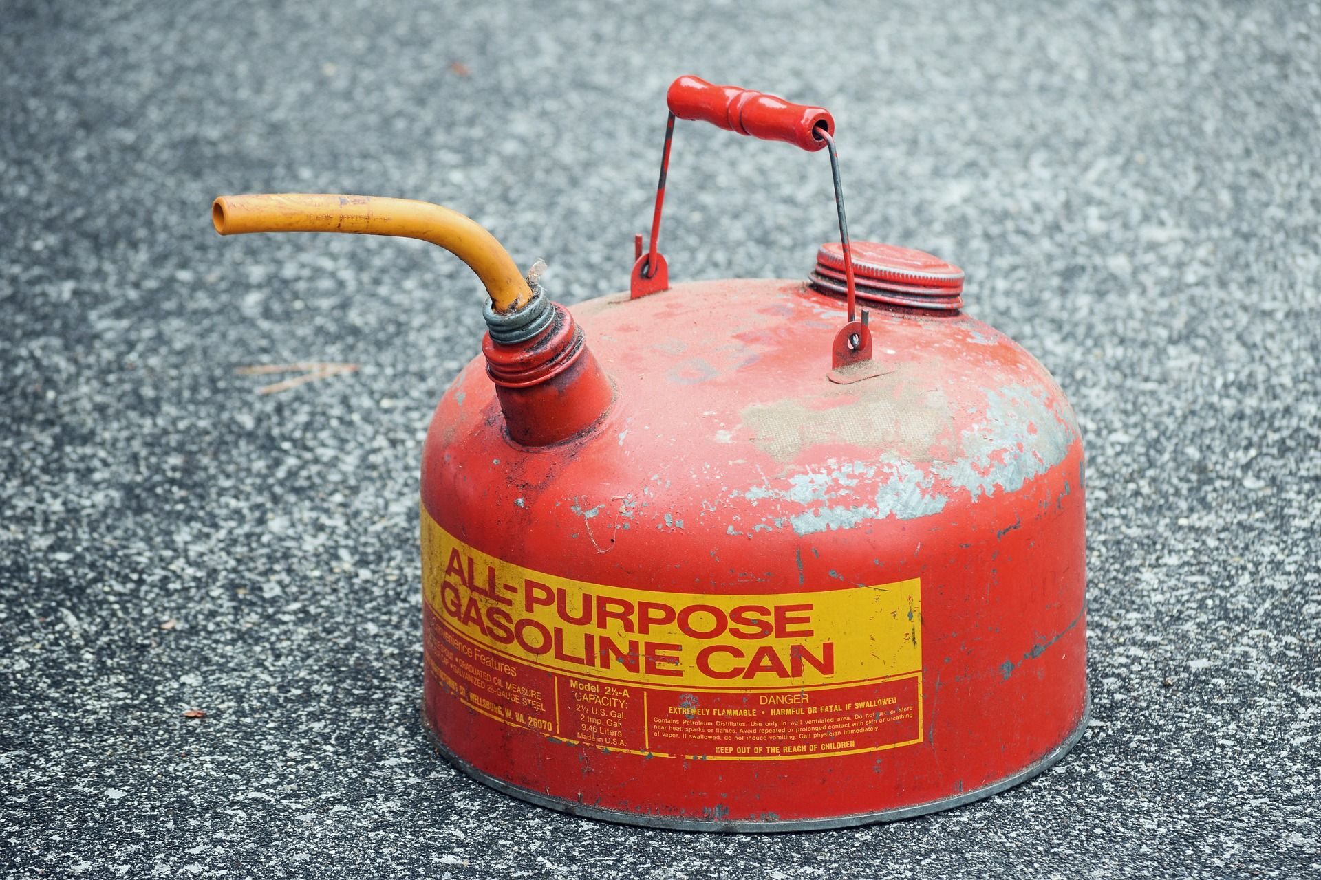 Lawn Mowers And Fuel Issues Gas Cans Canning Lawn Mower