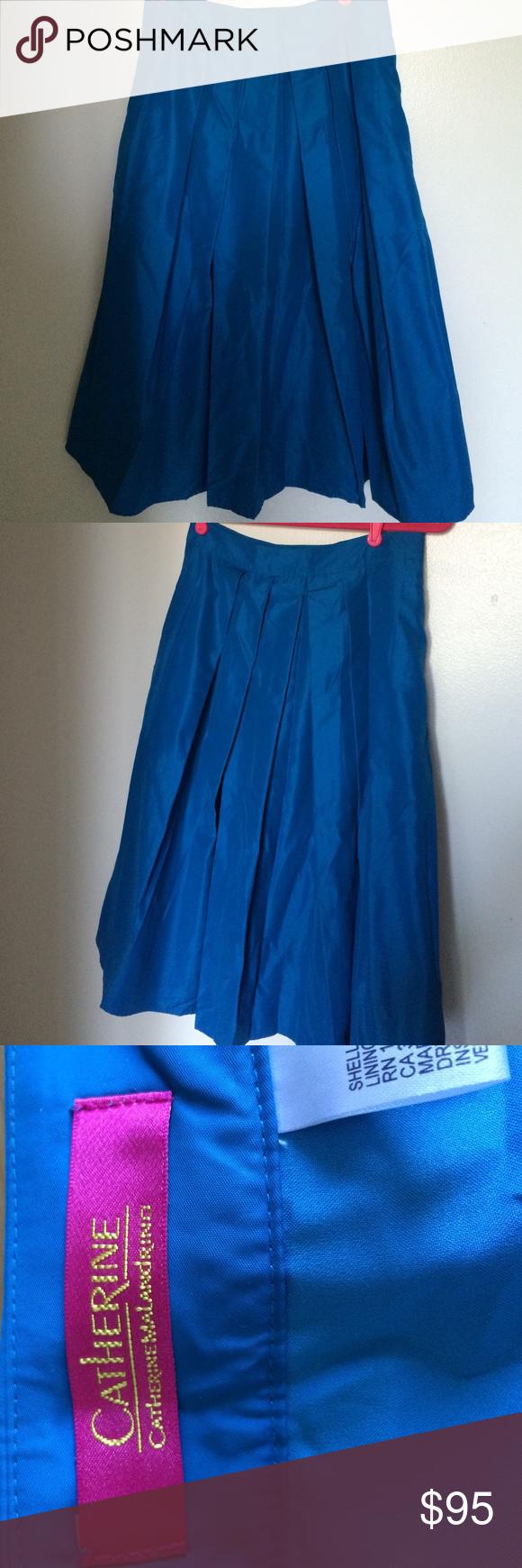 Catherine Malandrino blue midi skirt. Size 6. New with tags taffeta-like blue skirt. Catherine Malandrino. Size 6. Catherine Malandrino Skirts Midi