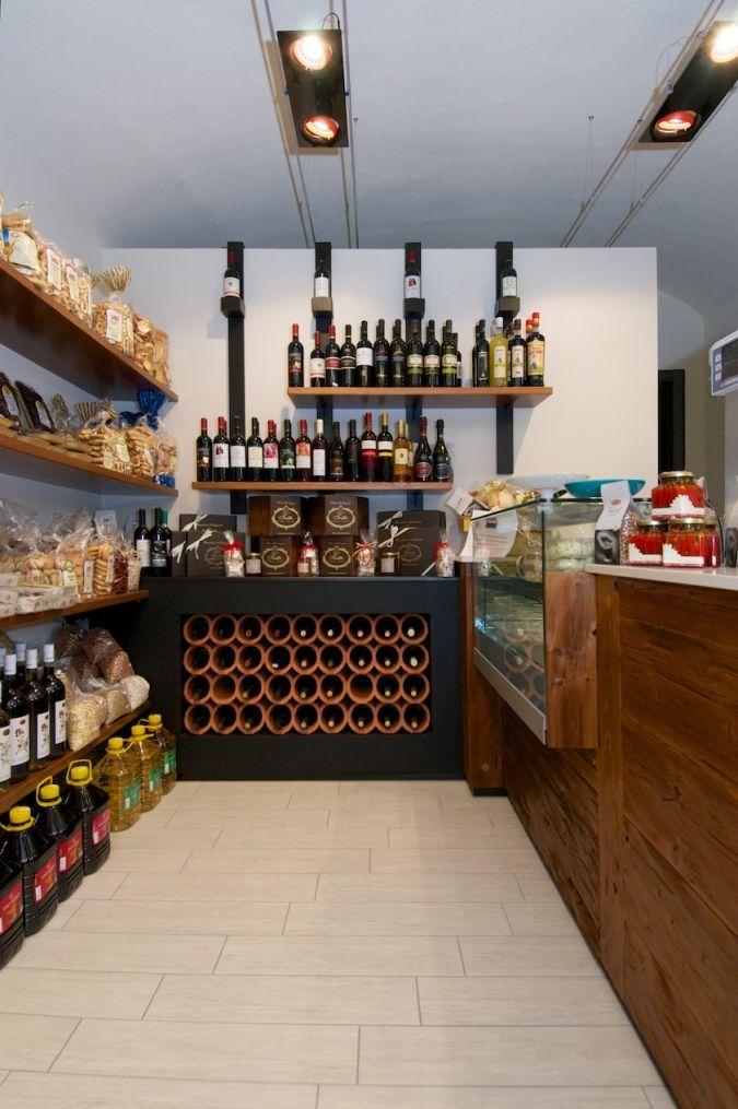 arredamento negozio alimentari, espositore vino retail