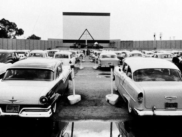 Drive In Theatre Circa 1957 Drive In Movie Theater Drive In