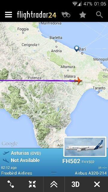 Questo Airbus A320 proveniente dall'aeroporto delle Asturie è probabilmente un charter diretto in Turchia, essendo turca la Freebird Airlines.