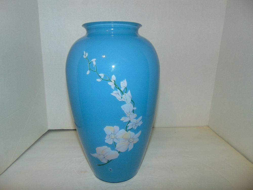 Art Glass Baby Blue Vase Big White And Pink Flowers With Green Stem