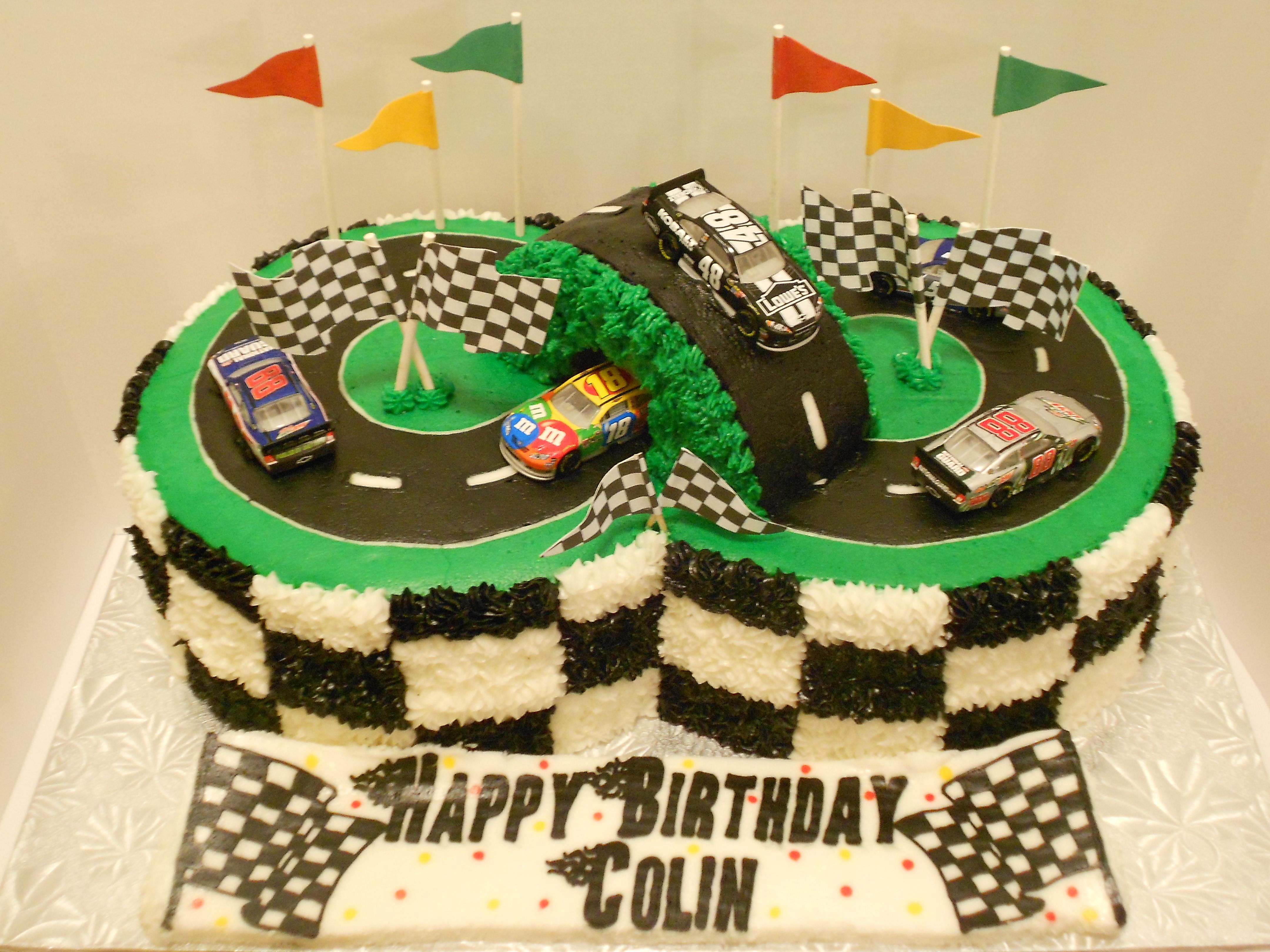 Racetrack Cake With Images Race Track Cake Racing Cake Cars