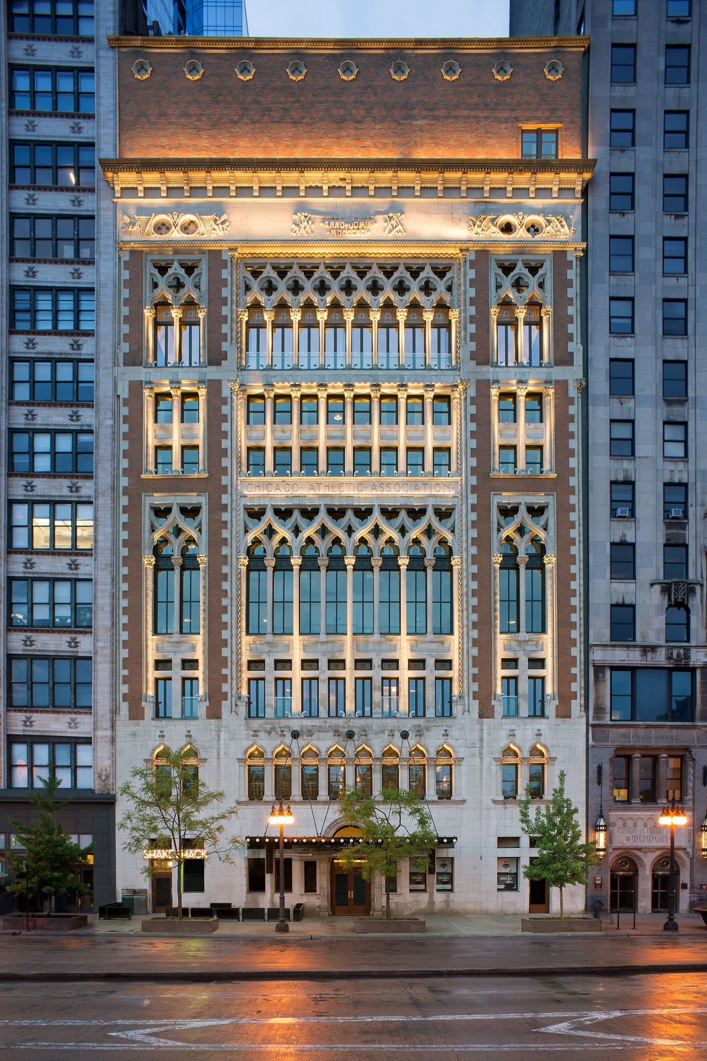 Chicago Athletic Association Hotel Facade Architecture Hotel Facade Hotel Architecture