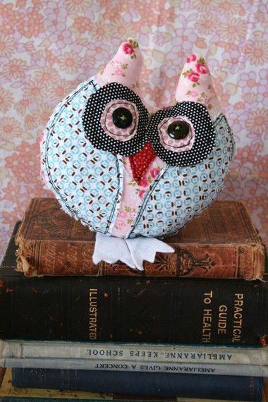 gorgeous fabric owls