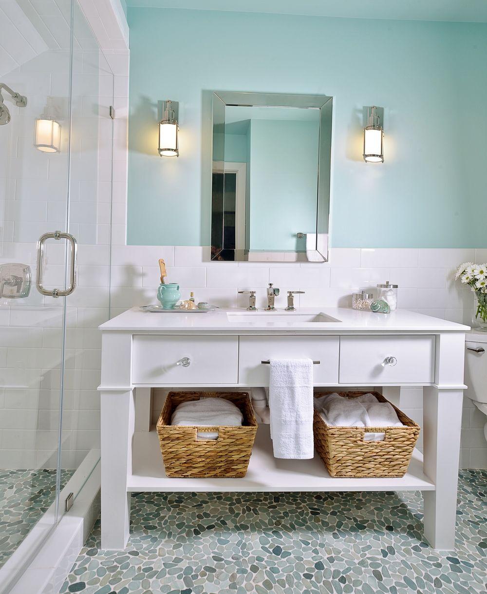Learn Why You Should Unplug That Dreaded Bath Bar Light | Bath ...