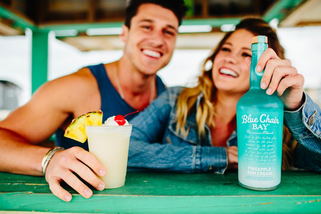 THE CLASSIC// 4 oz. Blue Chair Bay® Pineapple Rum Cream 1
