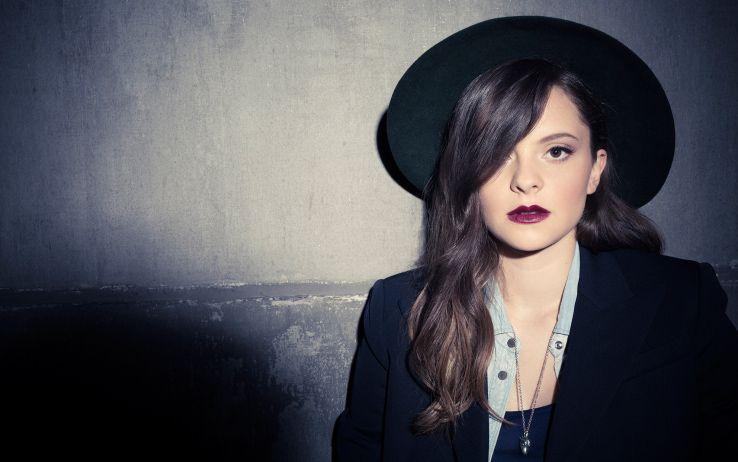 Mentre X Factor 2015 entra nella fase live (ogni giovedì alle 21.10 su Sky Uno) l'ex vincitrice di XF5, Francesca Michielin, presenta il suo secondo album di20. La abbiamo intervistata