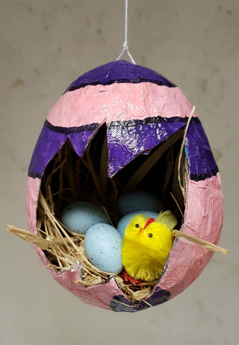 Photo of Easter egg paper mache / Easter theme / Creative with children | patscreativeworld