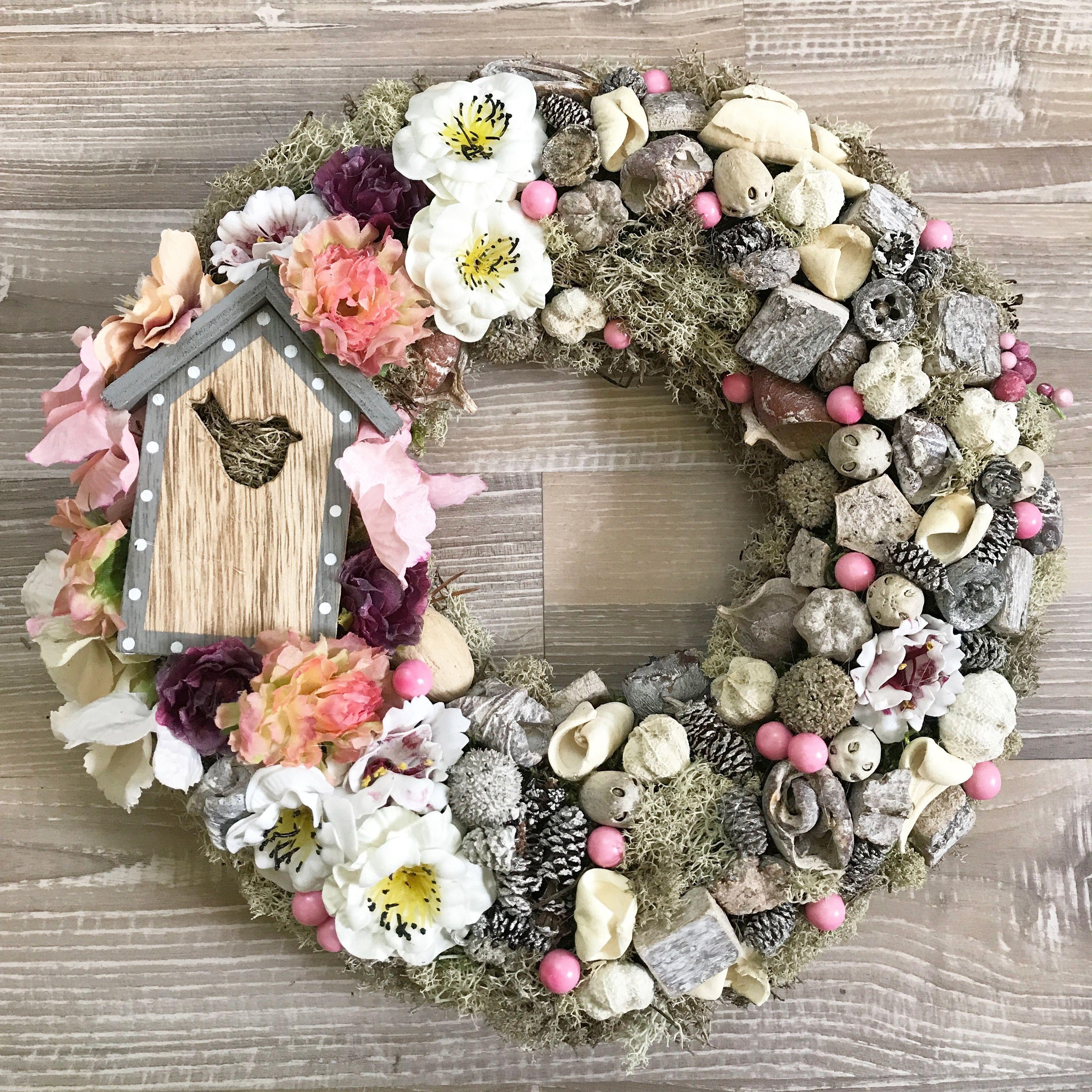 Vence, Christmas Wreaths, Bb, Creative, Christmas Swags, Holiday Burlap Wreath,