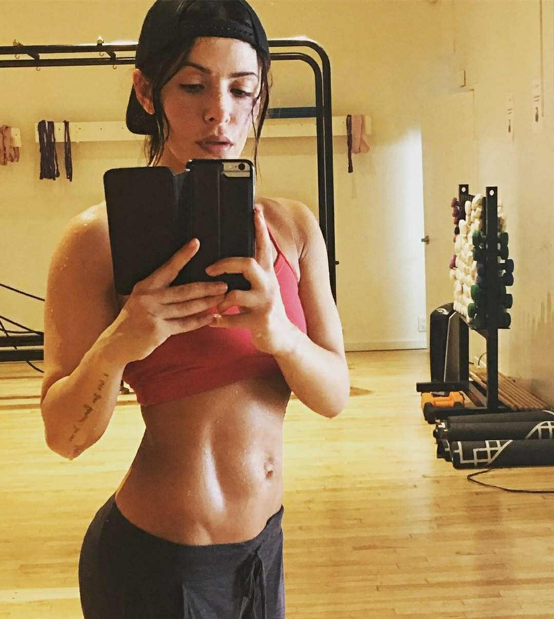 Selfie Sarah Shahi naked (15 foto and video), Pussy, Sideboobs, Boobs, underwear 2020