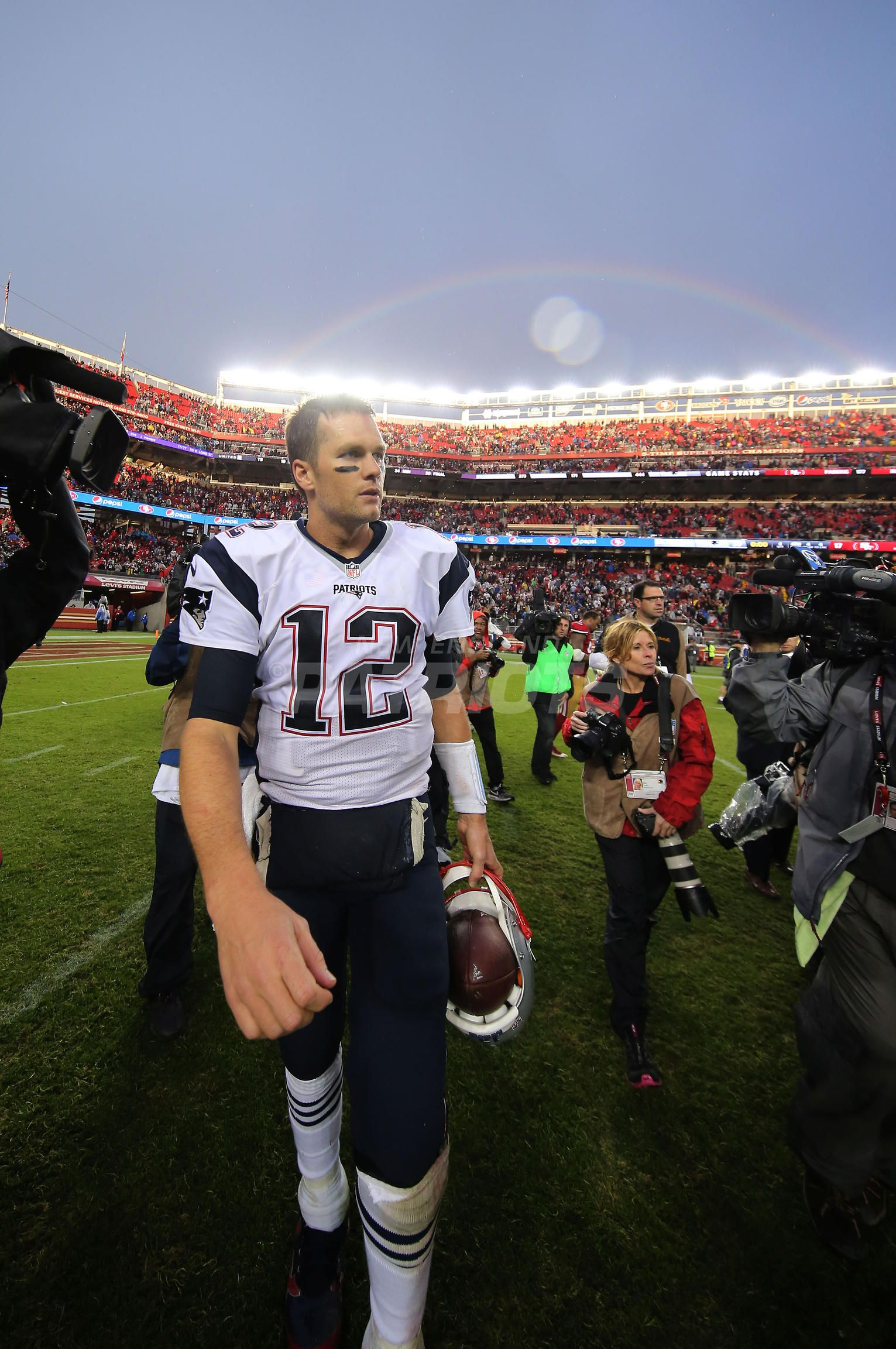 Top 5 Photos From Patriots At 49ers Presented By Carmax New England Patriots Patriots Under The Rainbow