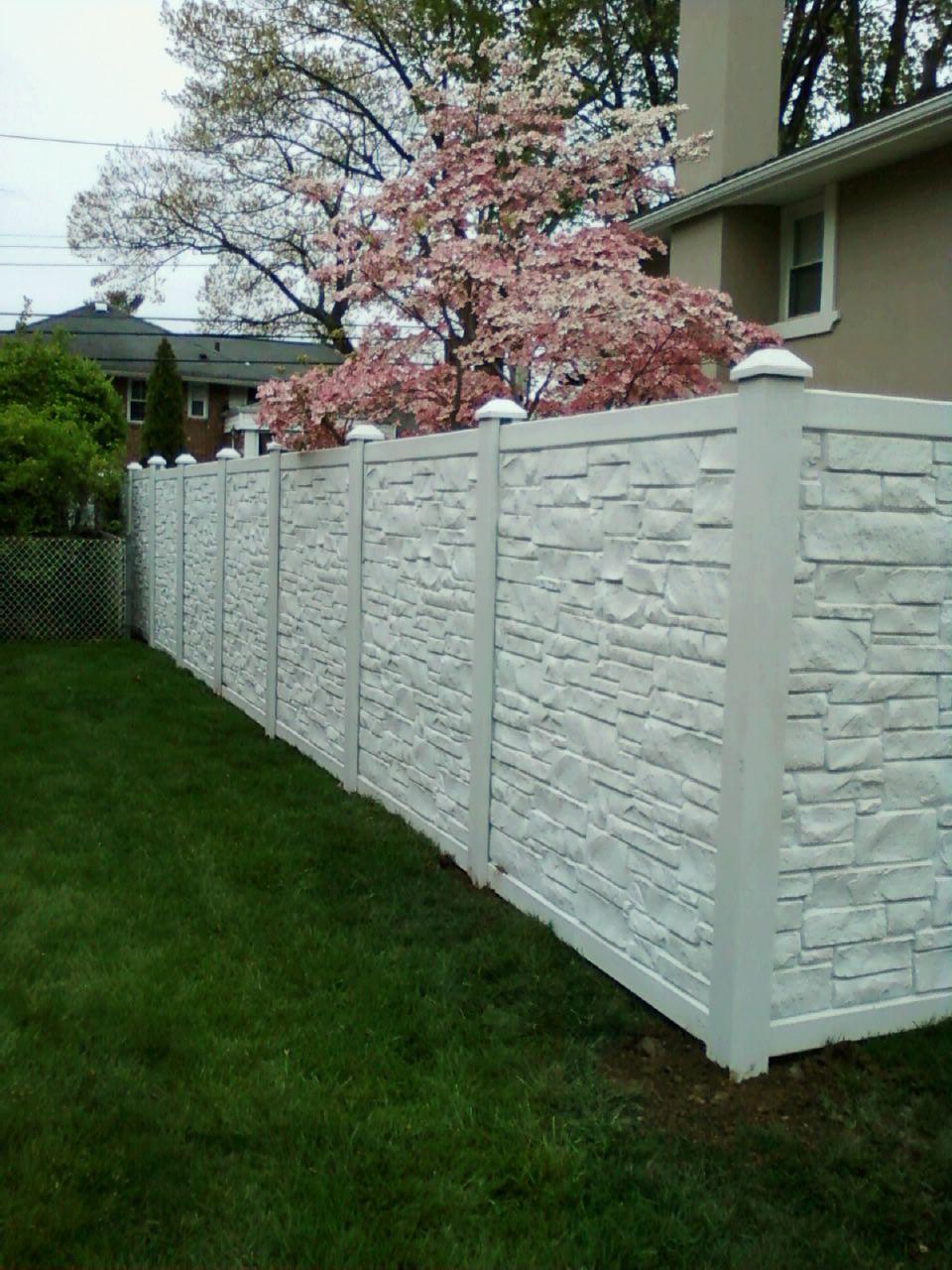 72 White Vinyl Stone Fence Installed In Westbury Ny By Liberty Fence Railing Backyard Fence Decor Garden Fence Panels White Garden Fence
