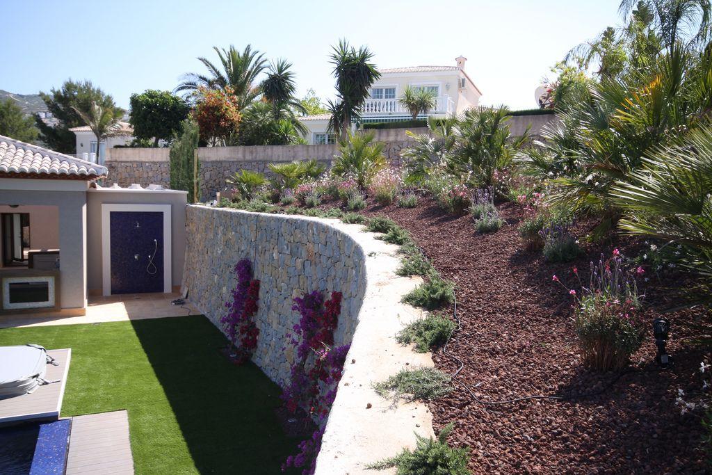Grava volcanica para jardin latest instalacin de gravas - Grava para jardin precio ...