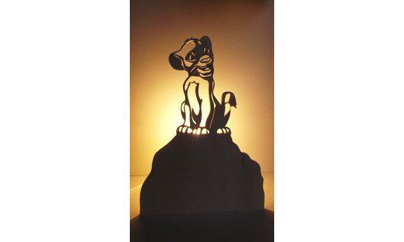 Poser Lion En Roi Pour À Enfants Le BoisLampes Lampe Décoratives f76ybg