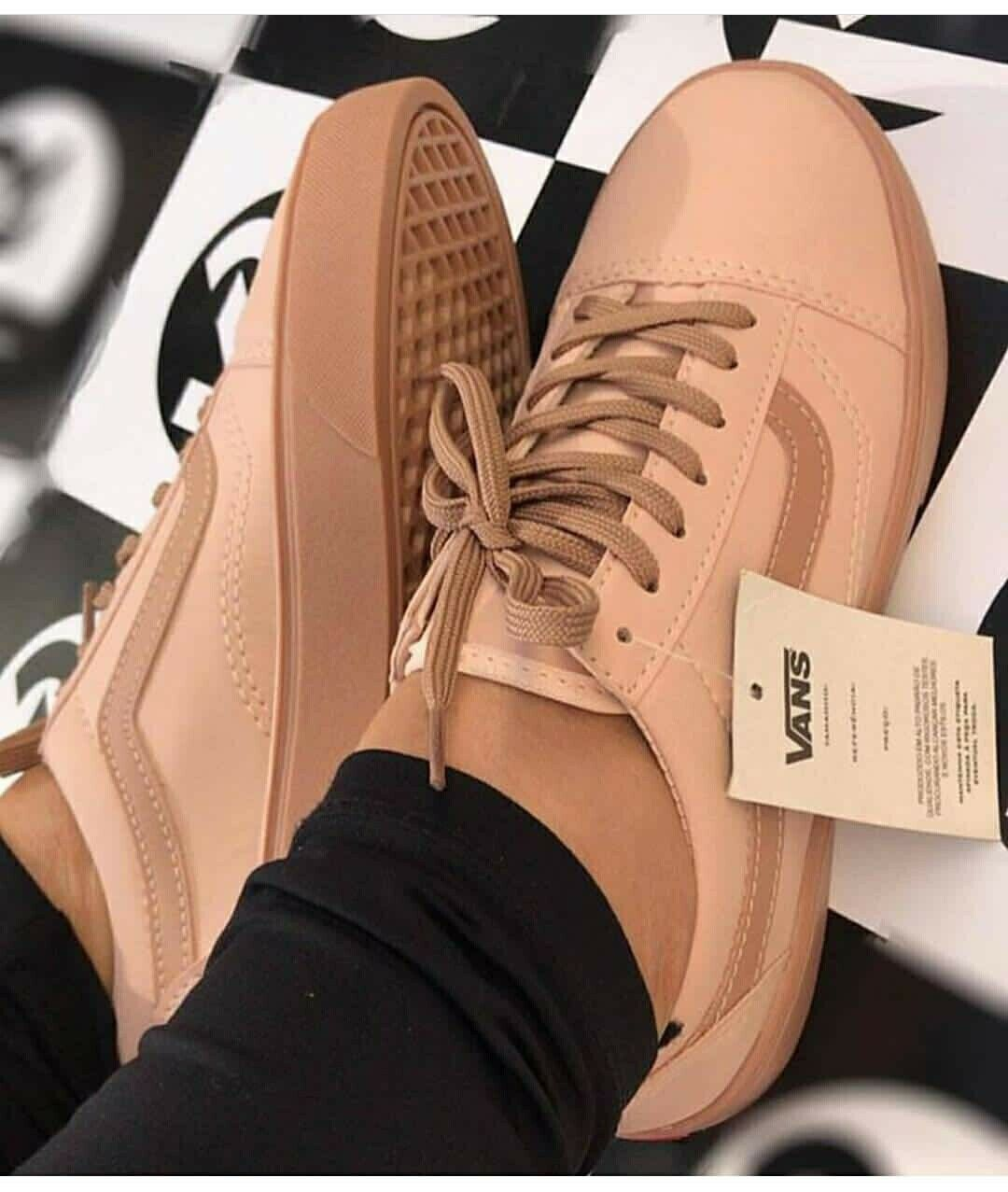 Pin by ShaNyla Cooke on SHOES | Tenis, Tenis vans, Sapato tumblr