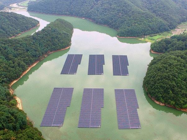 3mw Floating Photovoltaic Power Plant On Jipyeong Reservoir Sangju City Gyeongsang Bukdo Province Solar Power Plant Photovoltaic Photovoltaic Module