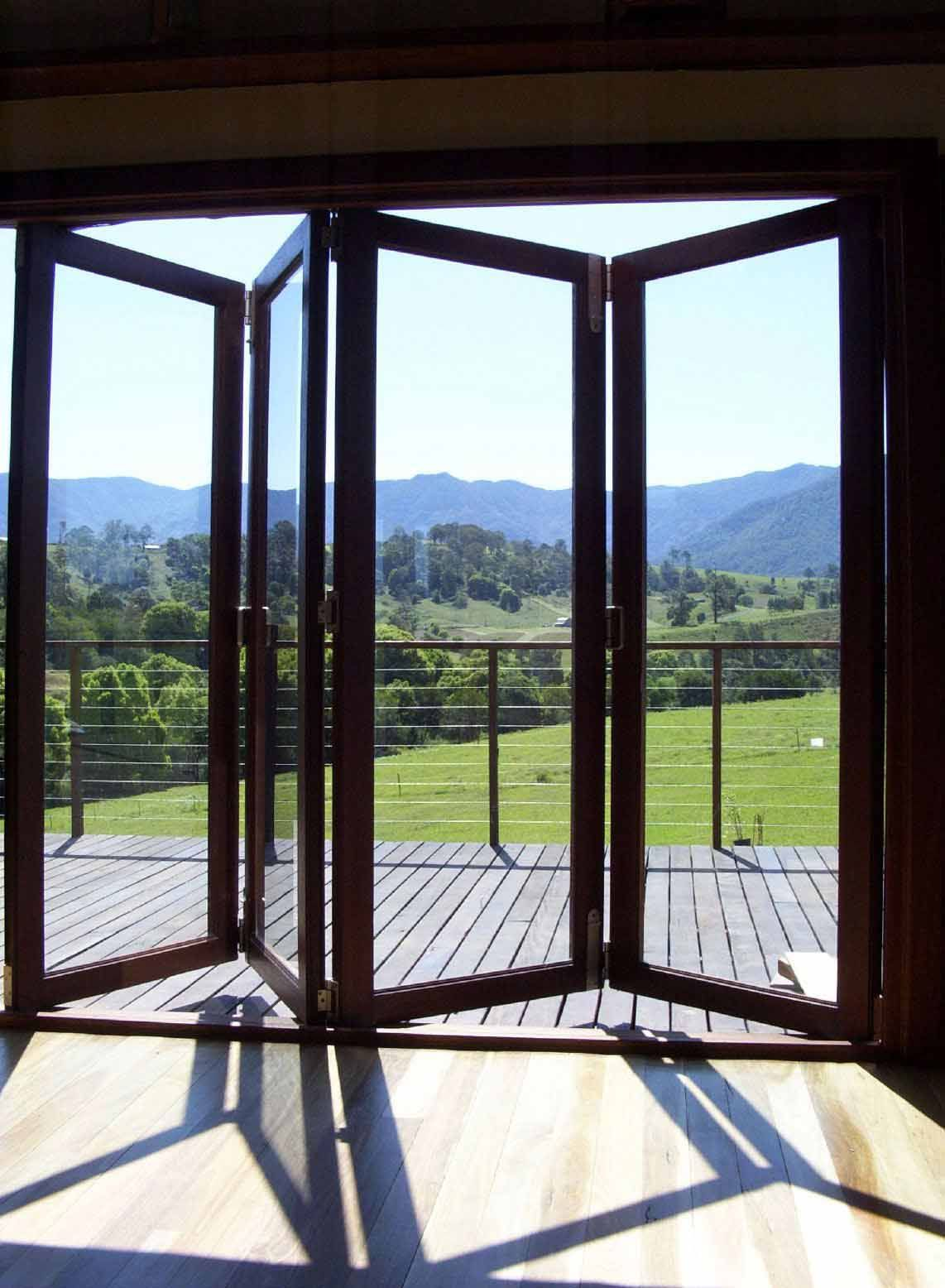 Stacking Or Folding Glass Door For The Hall And Kitchen