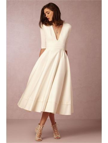 Robe de mariée satin manches mi,longue col en v séduisant pas cher à la