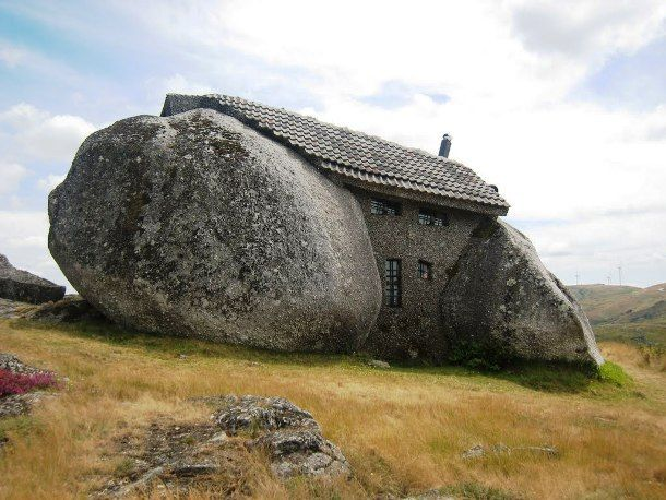 25 Unreal Isolated Houses That Are Breathtakingly Beautiful