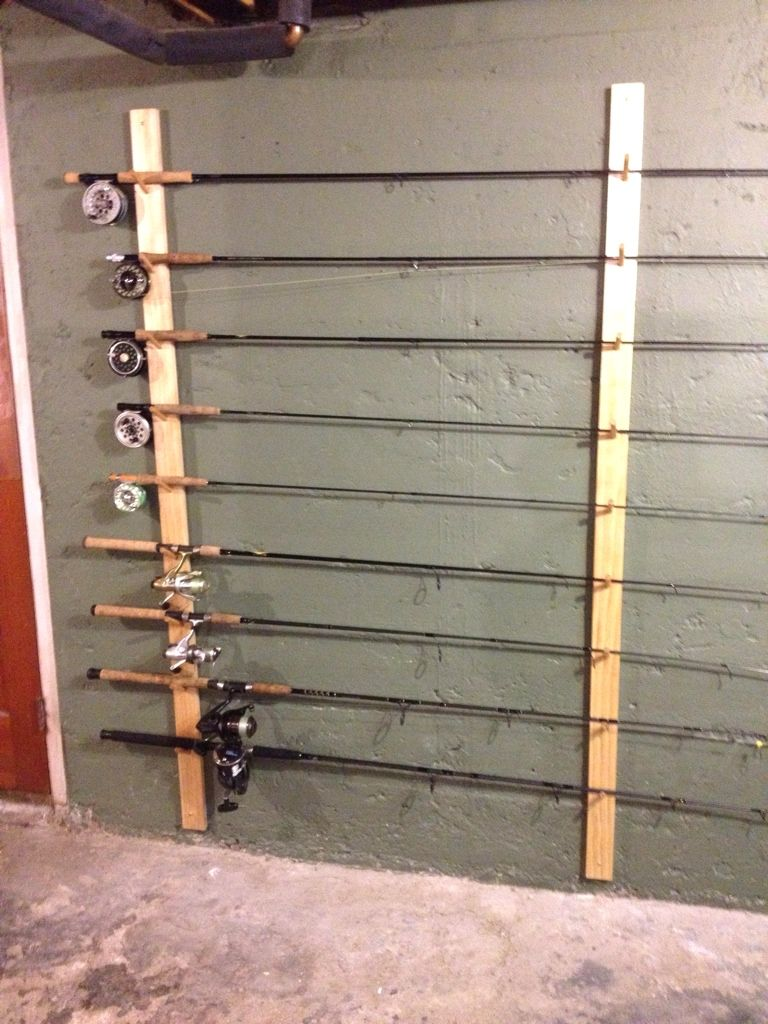 Simple Dowel Rod Style Rack Fishing Gear Storage