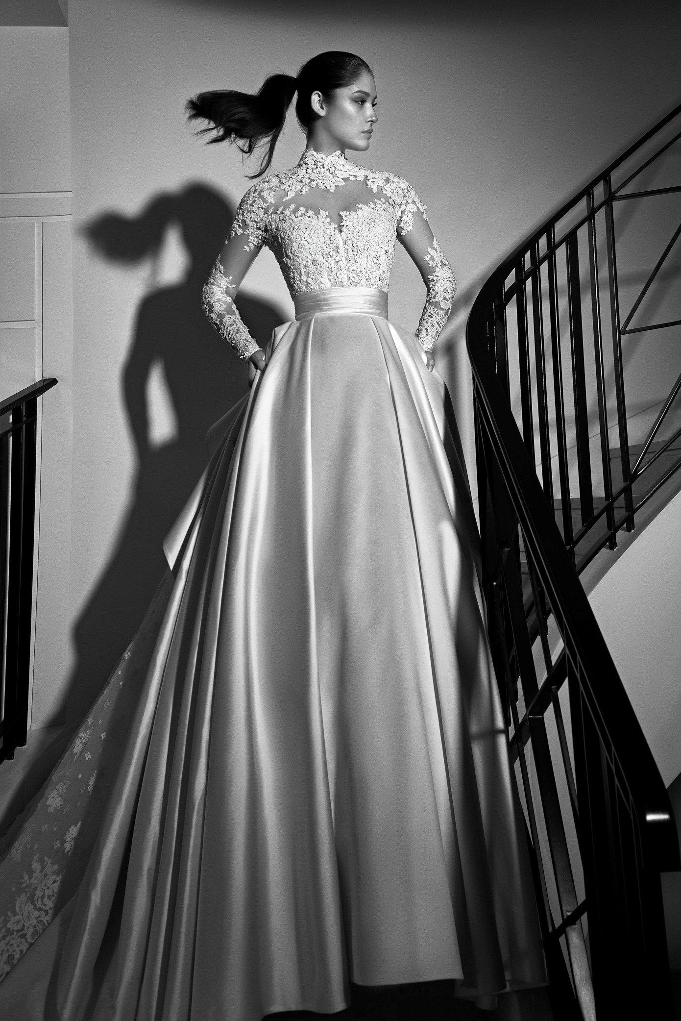 Zuhair Murad Bridal Fall 17 Thick Satin And Lace Long Sleeves