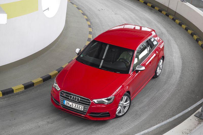 Foto Exteriores 6 Audi S3 Dos Volumenes 2013 Rojo Red